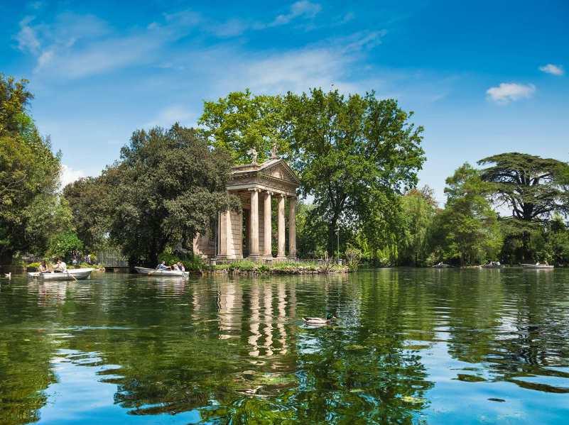 Villa_Borghese__laghetto.jpg