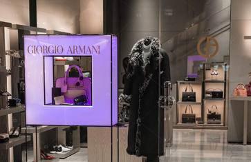 行走在世界的时尚中心米兰,怎么能不血拼?来一场痛快的shopping之旅吧【黄金四角区 · 文艺复兴百货 · 埃马努埃莱二世长廊】