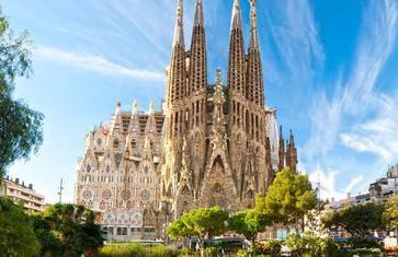 在巴塞罗那,跟随高迪的足迹,感受疯狂天才建造的梦幻世界【巴特罗之家 · 米拉之家 · 圣家堂】